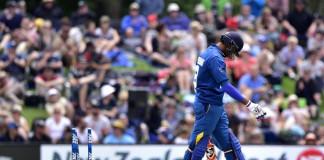 Pitiful Sri Lankan batting leads to rout