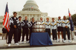 US Davis Cup posing with the Australian Team of 1997 before their clash. Photo Credits : AFP