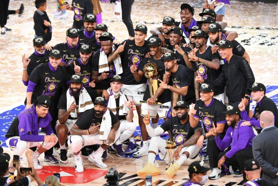 A bittersweet year for the Lakers