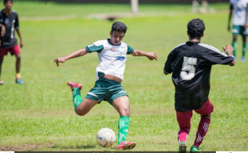 Ananda College v St. Henry's College - Schools Football 2016