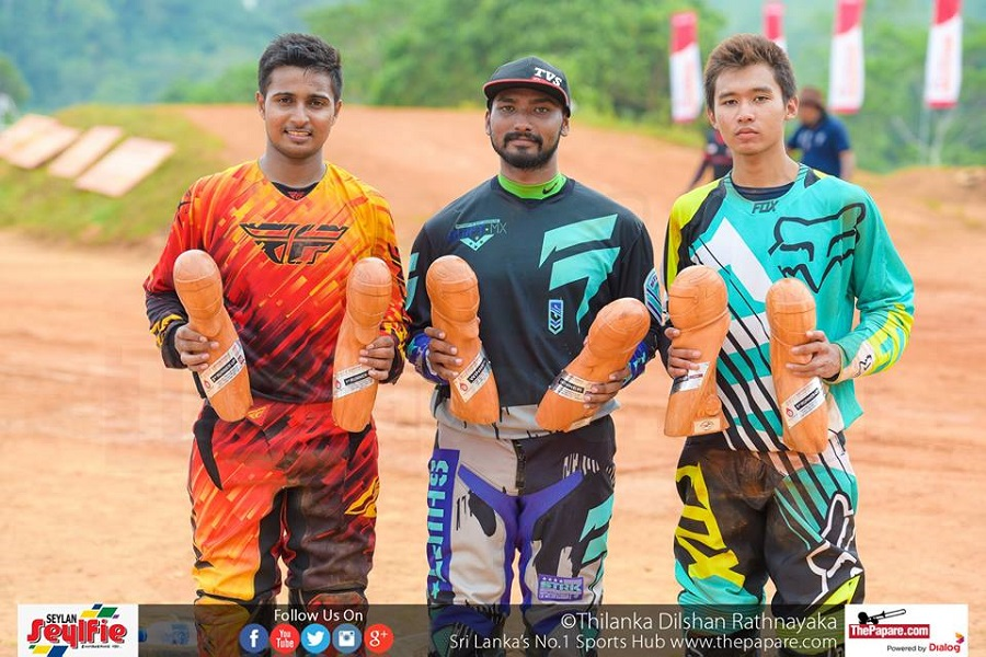 Winners of Group MX – Over 100cc up to 125cc 2T & 175cc up to 250cc 4T, from left to right – Evon Gurusinghe, Ishan Dassanayake, Jin Liyanage