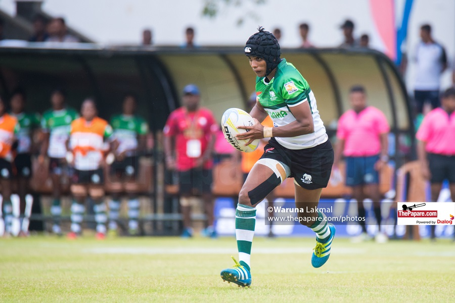 Ayesha Kaluarachchi in action for Sri Lanka