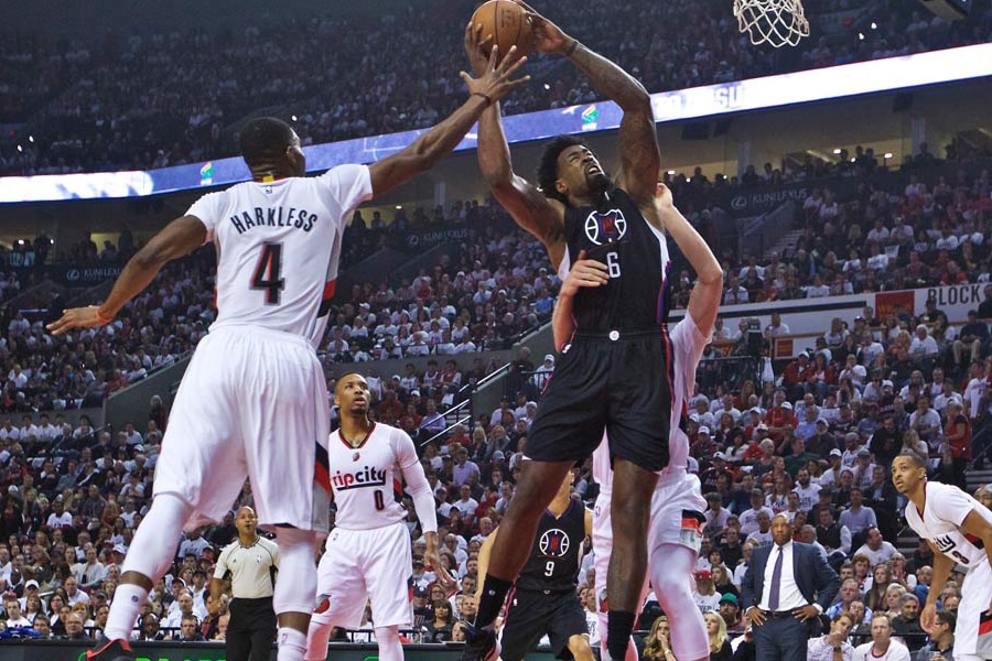 Blazers beat the Clippers 4-2 and advance to the semifinals with 106-103 victory!