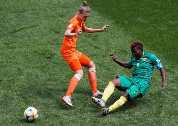 Netherlands v Cameroon