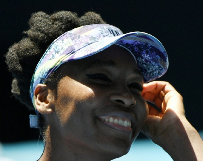 Vintage Venus powers into Aussie Open semi-finals