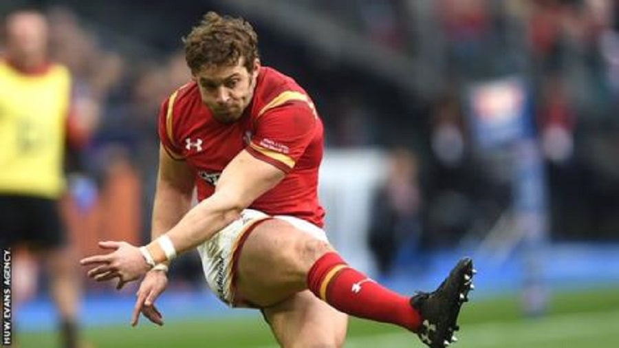 Leigh Halfpenny kicks for goal in Paris