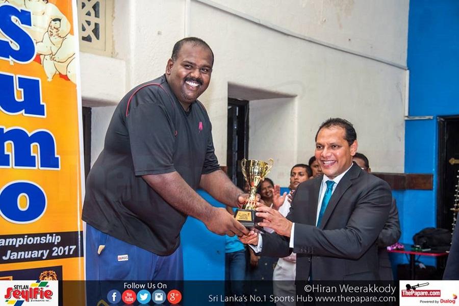 Best Senior men's wrestler Chamila Karawita