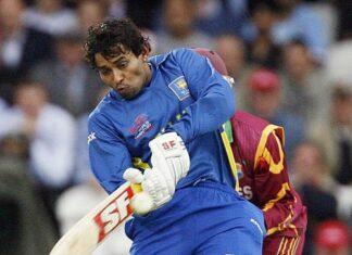 Dilshan stands tall