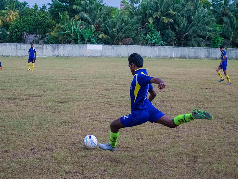 Golden Rise player takes a kick. (Photo - Ranmina Jayasinghe)