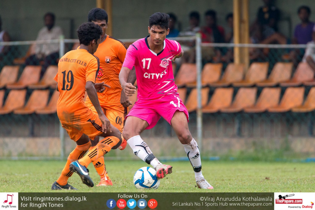 Mohamed Aleem in action against Matara City - FA Cup Pre Quarter Final
