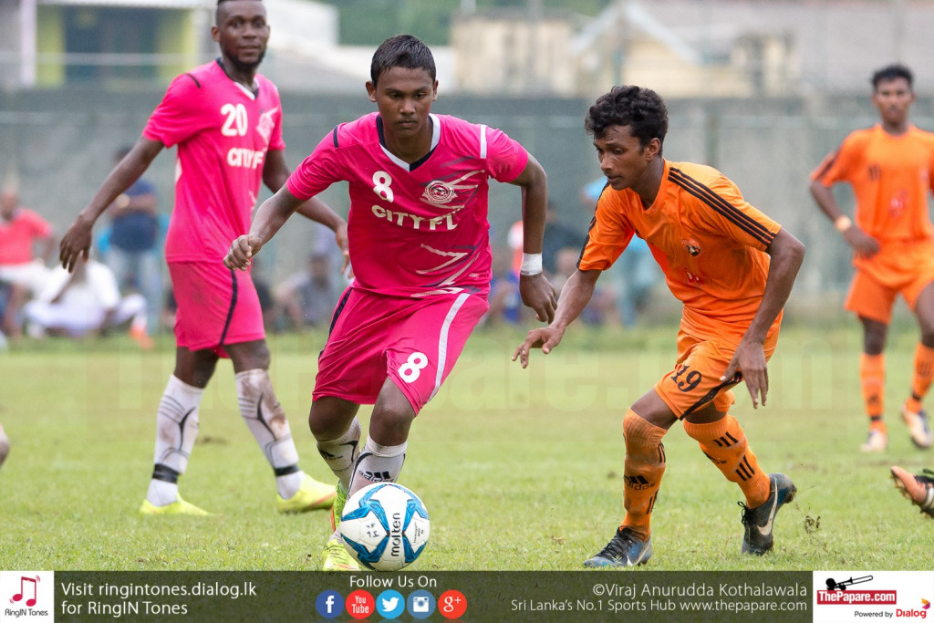 Mohamed Shabeer in action against Matara City - FA Cup Pre Quarter Final