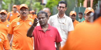 Sri Lanka Cricket disperse flood-aids worth millions