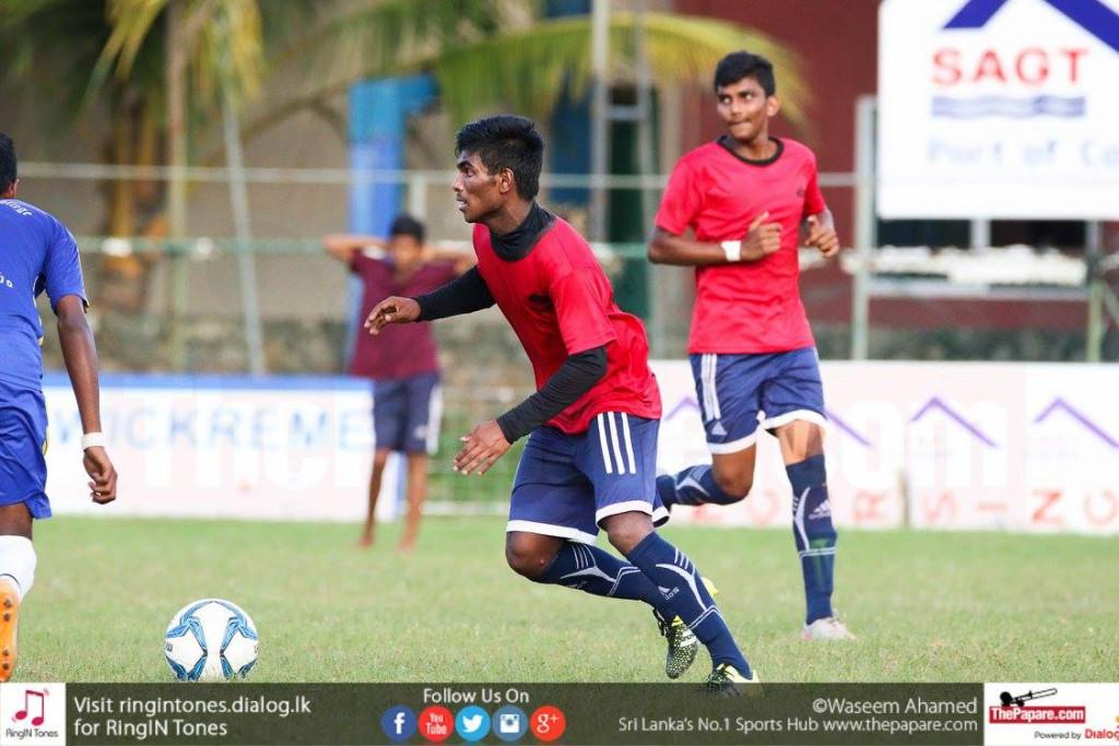 Sachintha Maduranga in action for St.Joseph's College - Schools Football 2016
