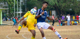 Sarasavi SC and Vikings SC player tussling for the ball