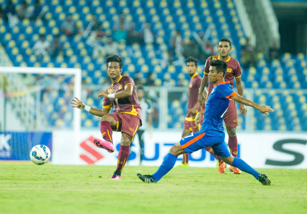 Zarwan Johar in actioin against India. (Photo - SAFF Suzuki Cup)