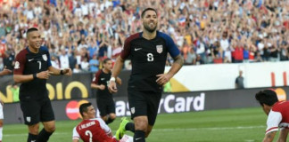 U.S. win group after Costa Rica stun Colombia