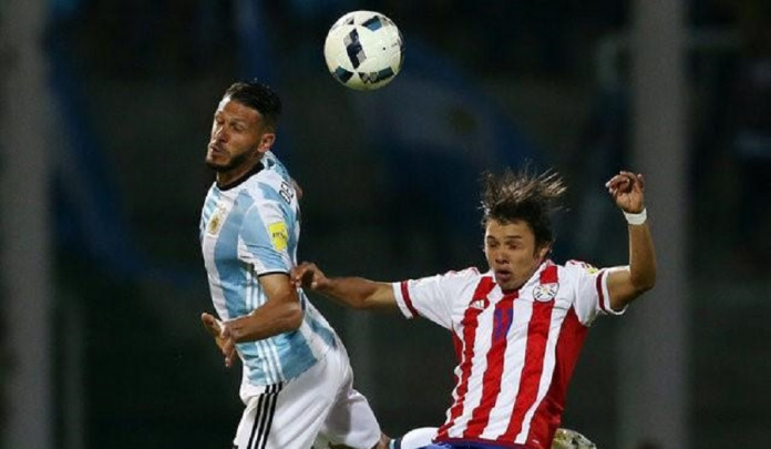 Football Soccer - World Cup 2018 Qualifier - Argentina v Paraguay