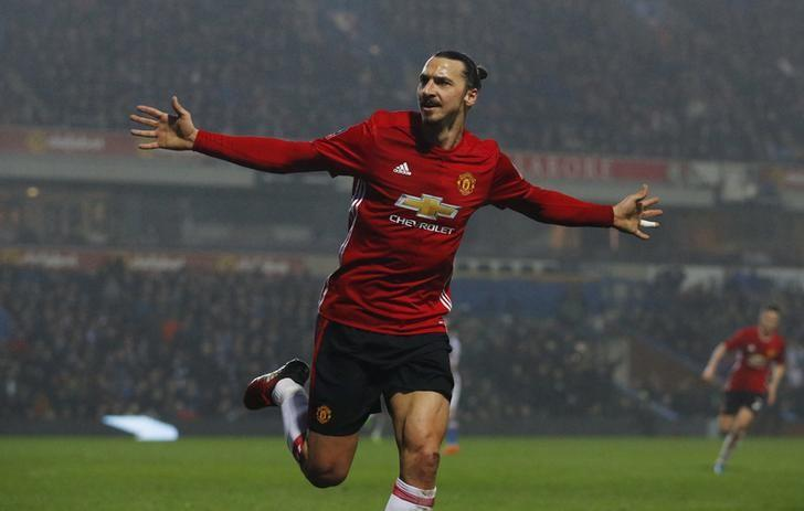Ibrahimovic fires Manchester United into FA Cup quarter-finals