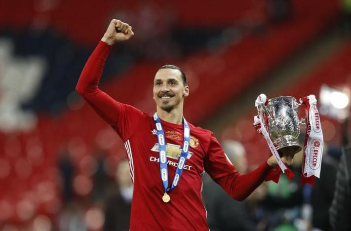 United's Ibrahimovic strikes twice to win League Cup