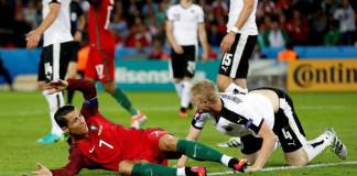 Misfiring Ronaldo leaves Portugal in dangerous place