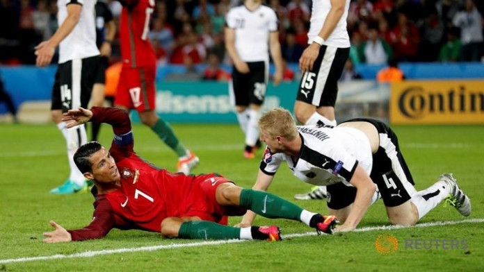 Misfiring Ronaldo leaves Portugal in dangerous place