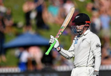 Nicholls helps New Zealand take opening day honours
