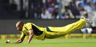 Ashton Agar to miss last two India ODIs with fractured finger