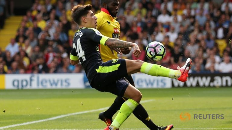 Arsenal beat Watford 3-1 to ease pressure on Wenger